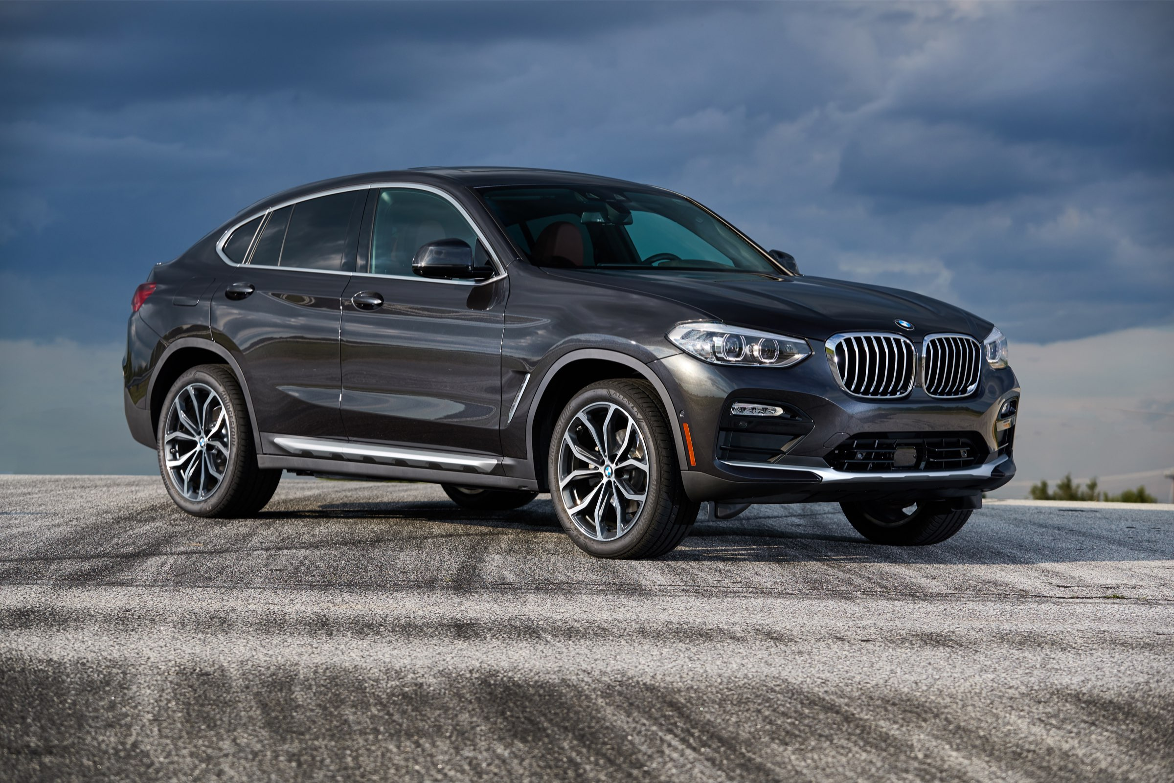 P90310806_highRes_the-new-bmw-x4-xdriv