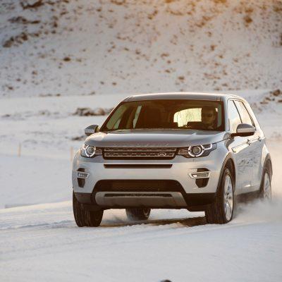 Broker Samochodowy Land Rover Discovery Sport Select Automotive zima przód