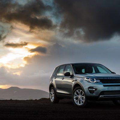 Broker Samochodowy Land Rover Discovery Sport Select Automotive zachód słońca