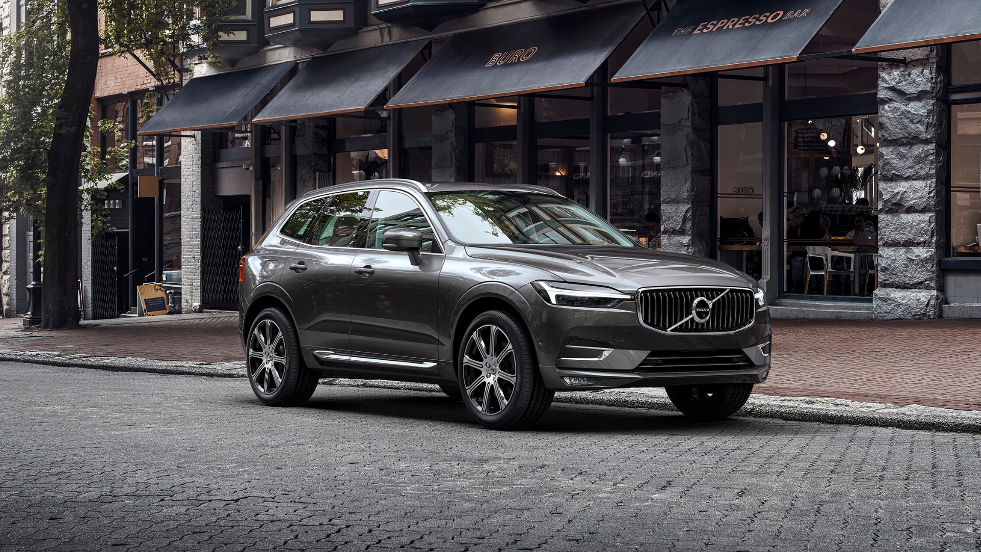 broker-samochodowy-volvo-xc60-select-automotive-test